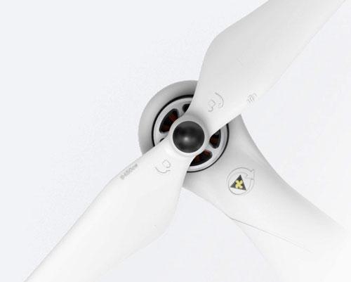 موتور براشلس ، اسپیدکنترل و ملخ پهپاد یا کوادکوپتر دوربین دار فانتوم 3